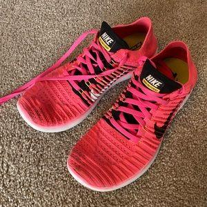 Nike Free Run Flyknits